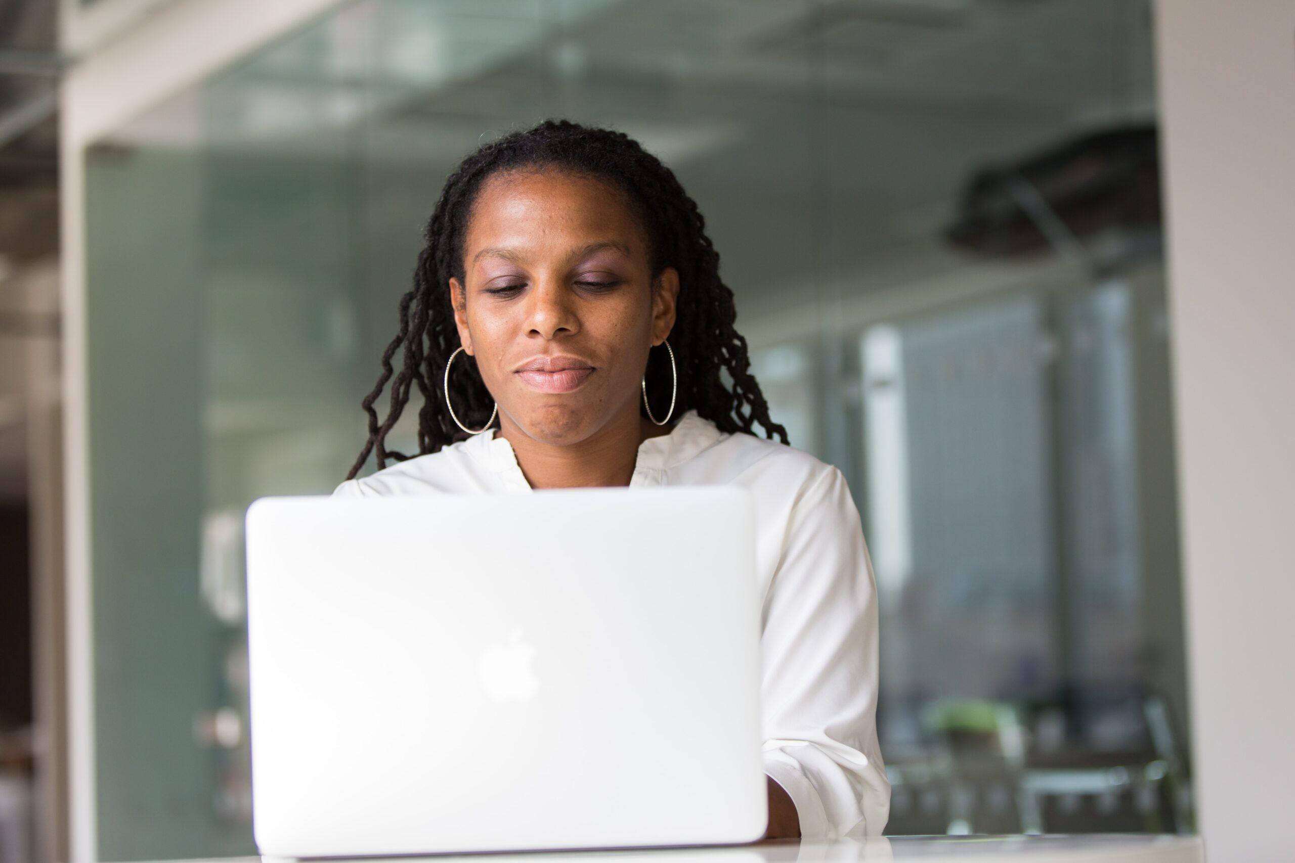 Economische zelfstandigheid vrouwen: StvdA maakt balans op
